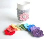 Flower Cozy with 4 interchangeable flowers by The Cozy Project - thecozyproject