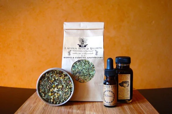 HAPPY HOMESTEAD Remedy Kit - Simple Remedies for a Loving & Self-Sufficient Home - Herbal First Aid