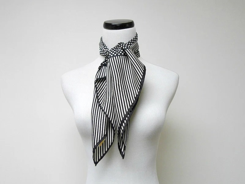 vintage BLACK and WHITE scarf . bandanna - june22