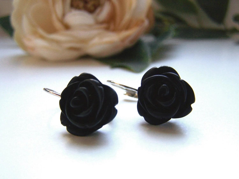 Black Kinsey Dangle Earrings - barberryandlace