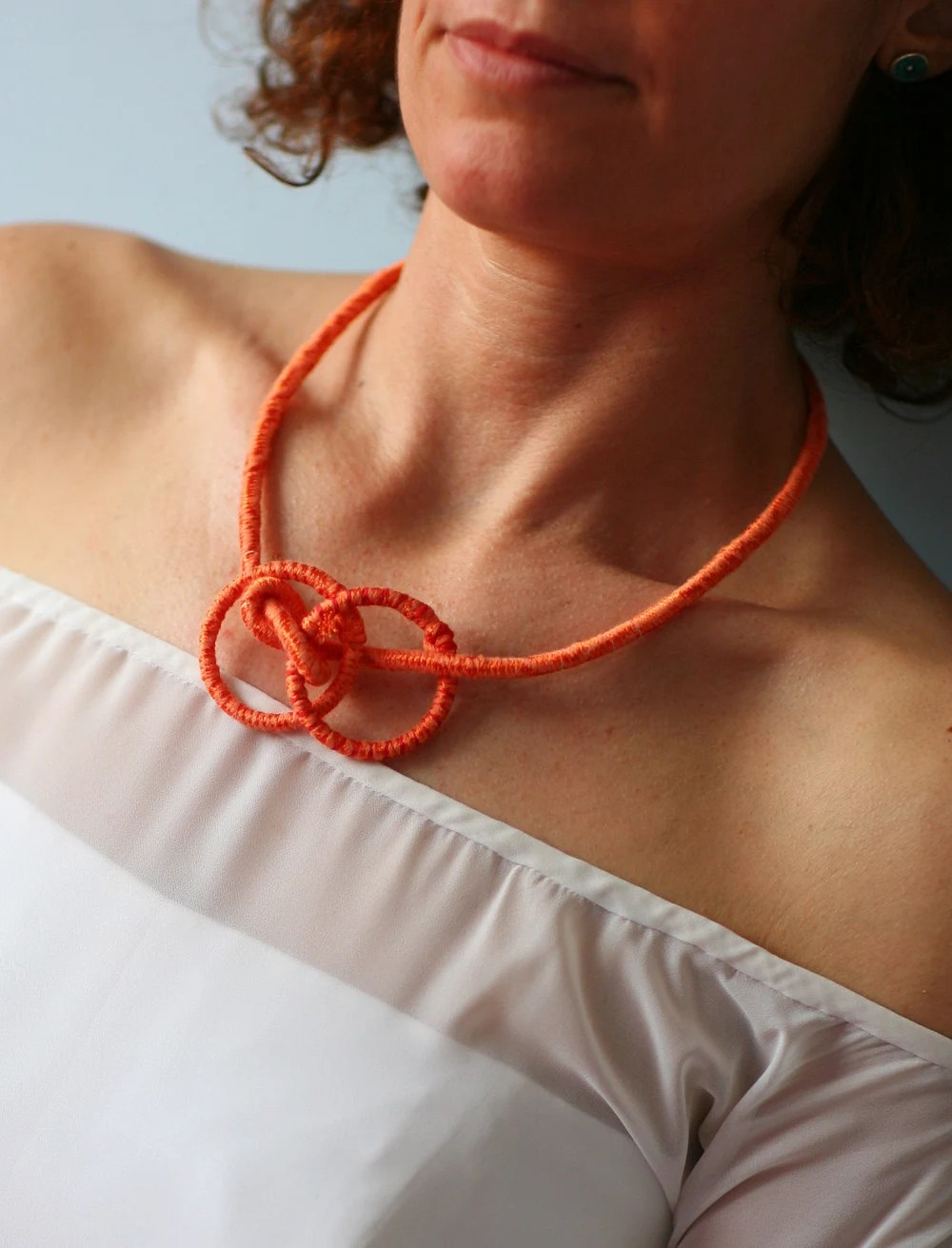 Orange necklace, fiber infinity necklace, geometric jewelry with circles and knots, gift for her - kokona
