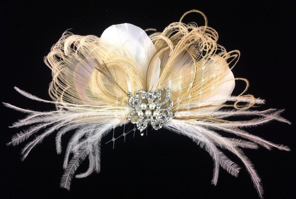 Bridal Feather Fascinator with Brooch, Bridal Fascinator, Wedding Hair Accessories, Fascinator, Hair Clip, Bridal Veil, Ivory and Champagne