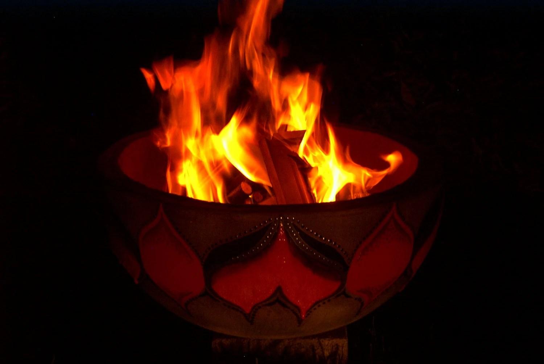 Large fire-pot - SmokeanAshes