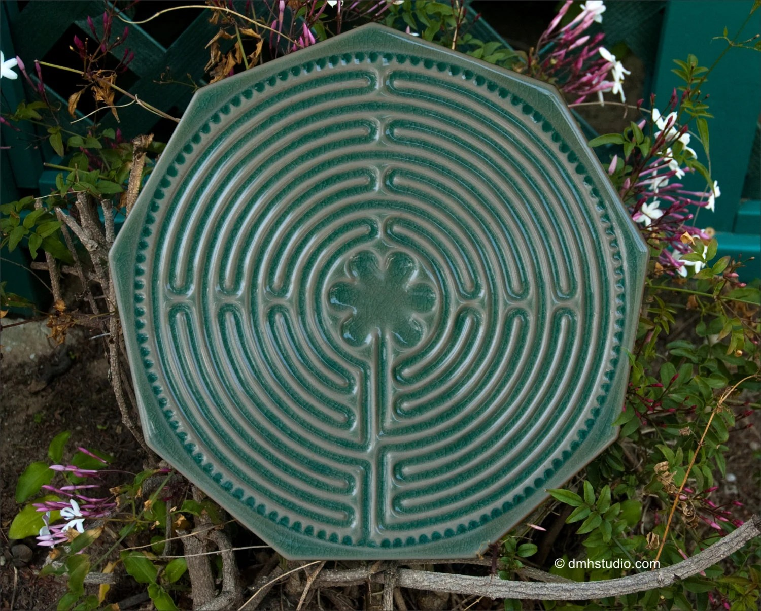 Chartres Finger Labyrinth In Forest Green
