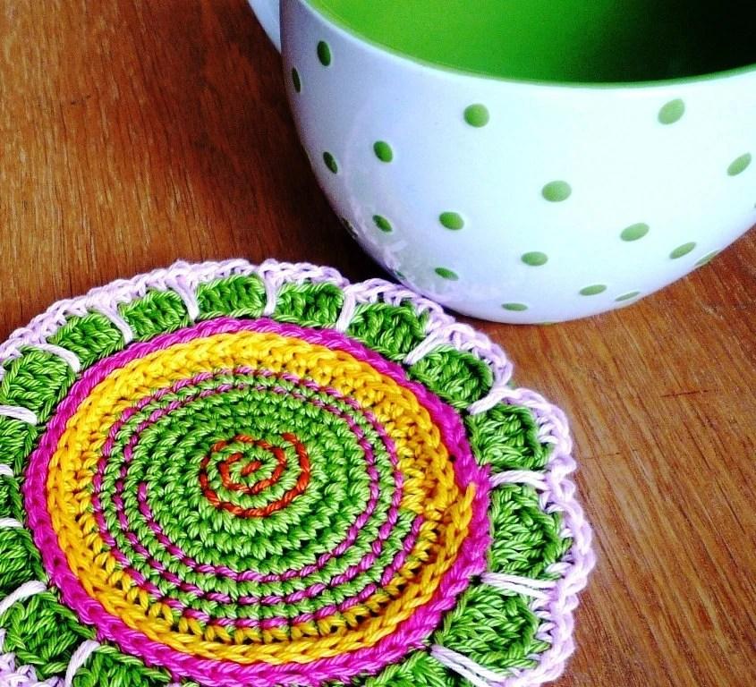 Crochet Spring Green Flower Coasters (set of 2) - MonikaDesign