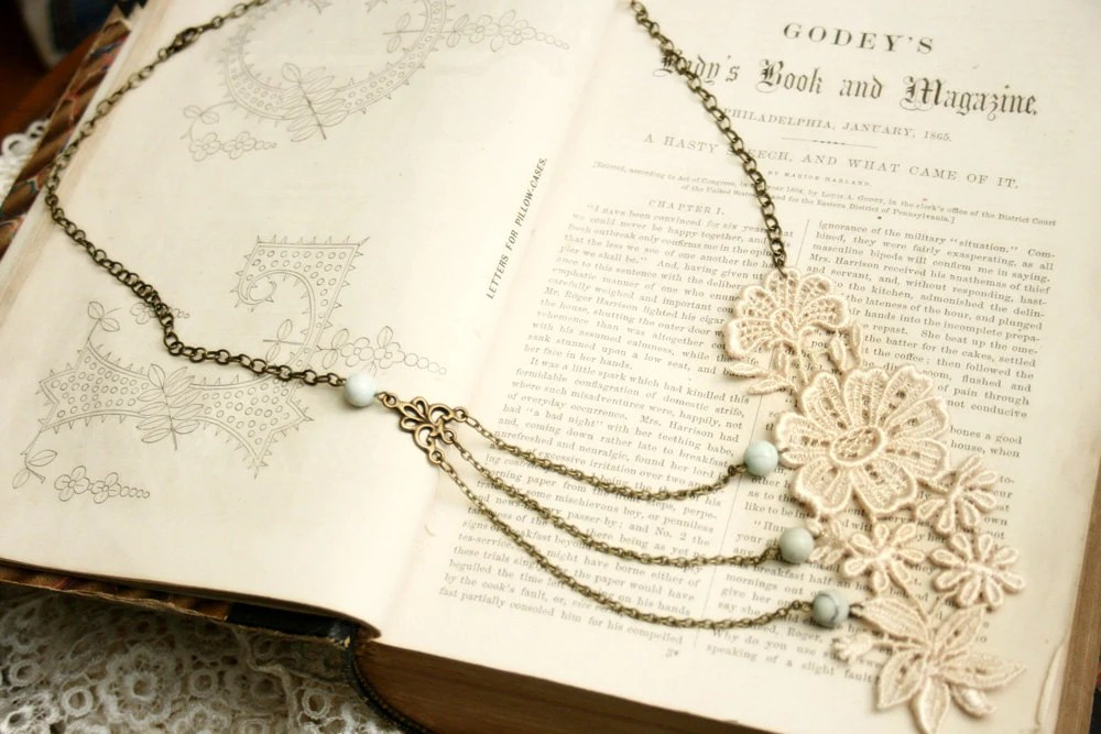 lace necklace - bridal necklace -MEREDITH- ivory blush