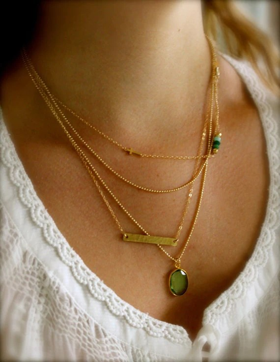 How To Layer Thin Necklaces Try These 14 Styles Shop The