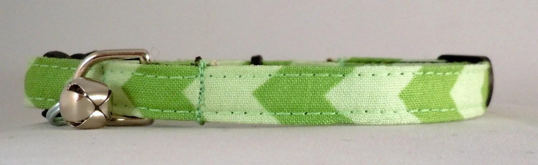 Cat Collar - Green Chevron