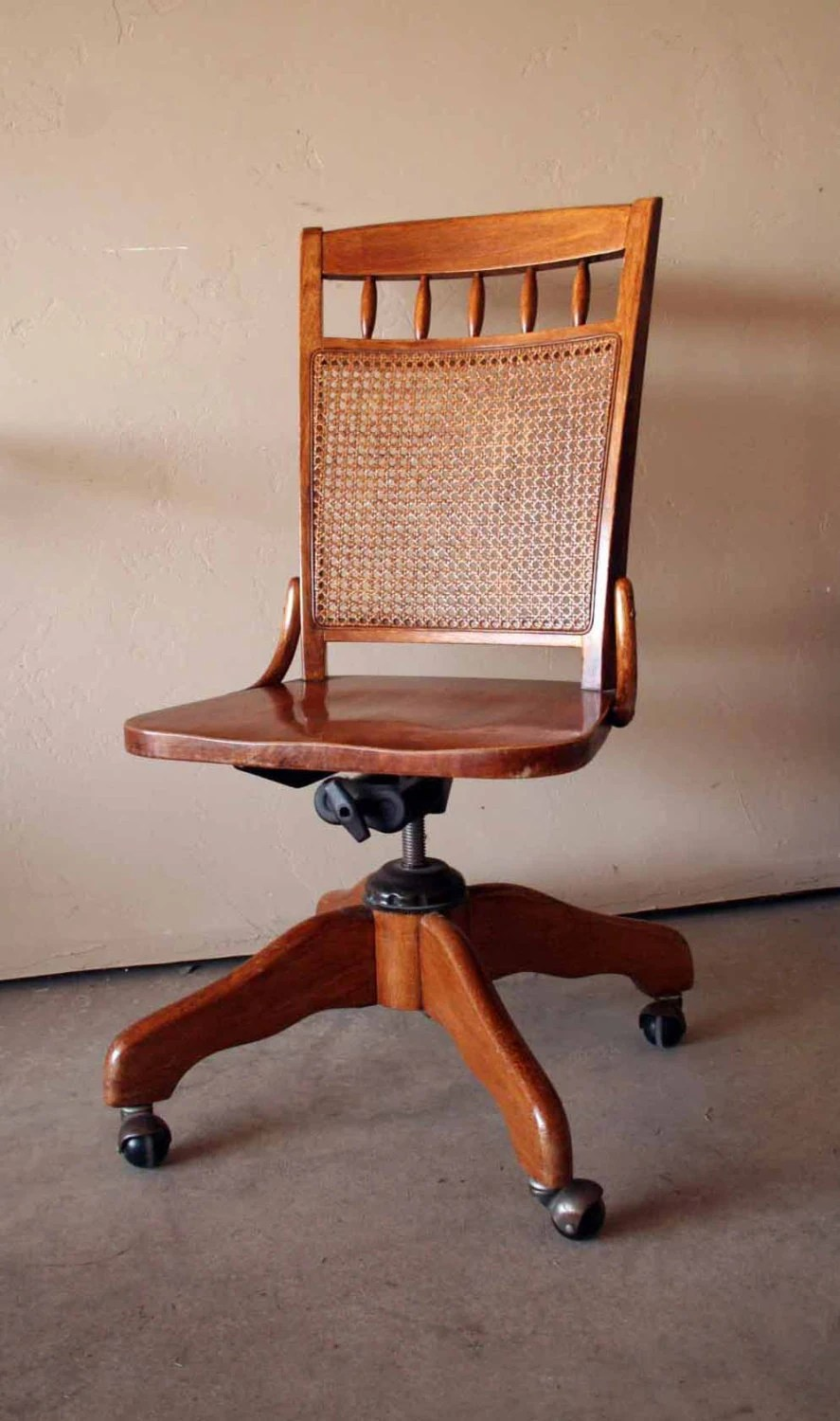 Beautiful Vintage Wooden Bankers Chair Swivel Seat