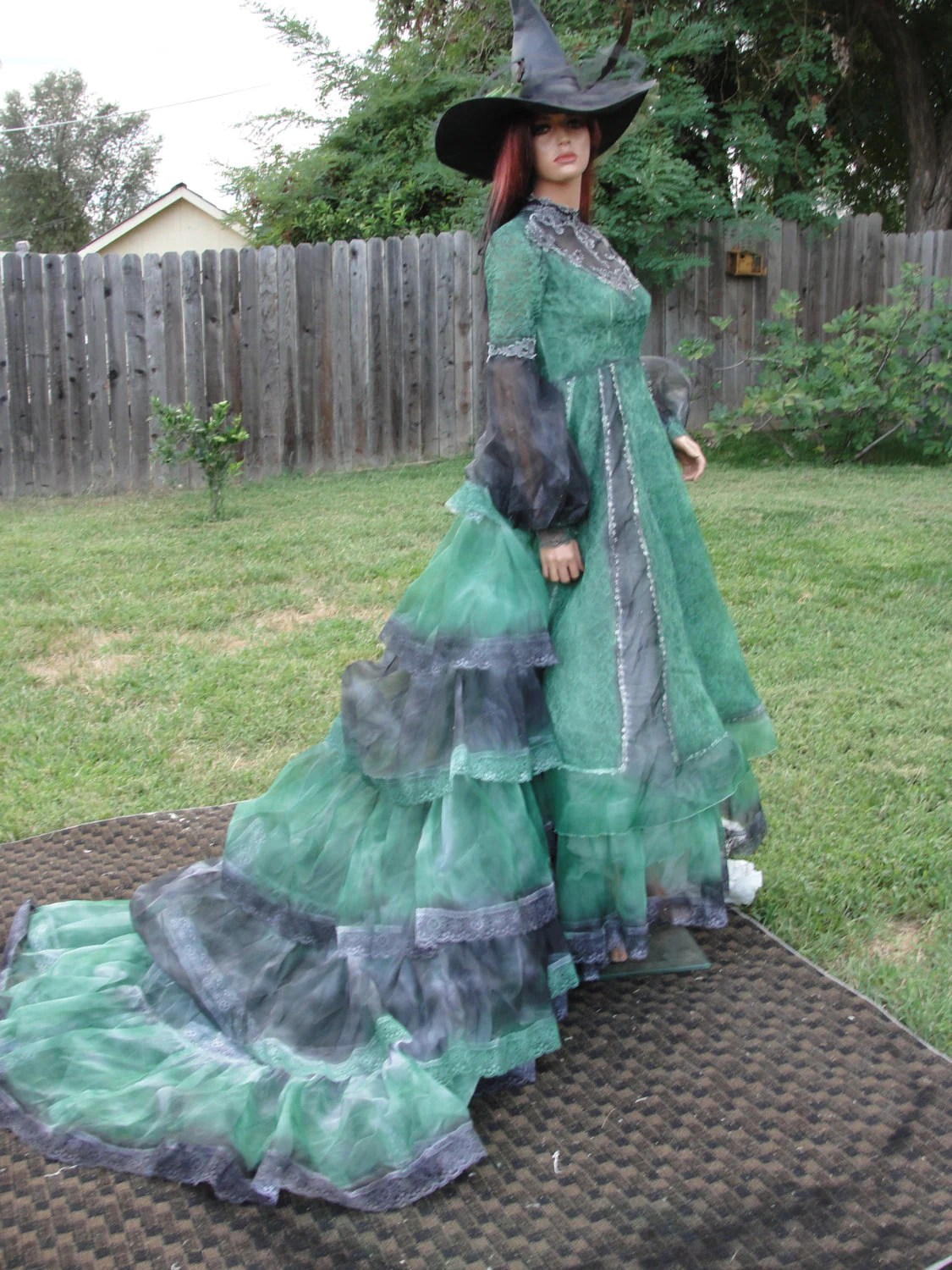 Green And Black Witch Costume Wedding Gown With Hat Small Size