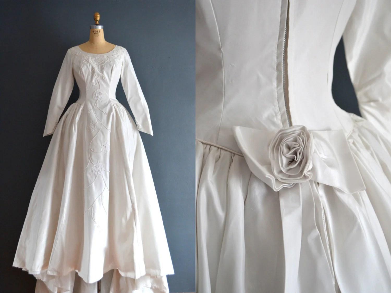 SALE 50s Wedding Dress / Vintage 1950s Wedding Dress / Camilla
