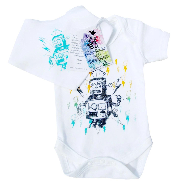 Hand printed baby short sleeve bodysuit and bib gift set
