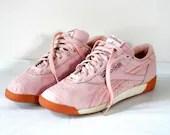 Retro 80s Reeboks Pale Pink Leather Sneakers - bigbangzero