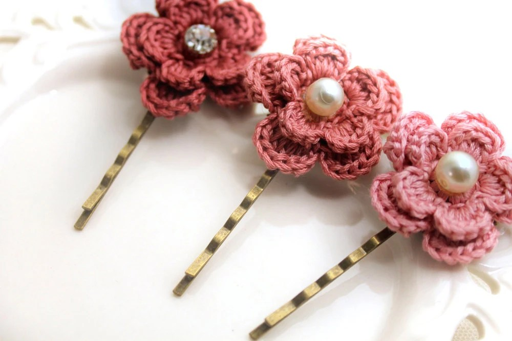 Crochet Flower Hair Pins - Weddings Hair Pins - Bridesmaids - Unique  Gift - CountryChicHome