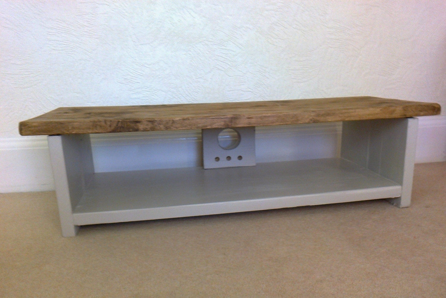 Low Tv Stand Rustic Pine Tv Unit / Table For Large Lcd