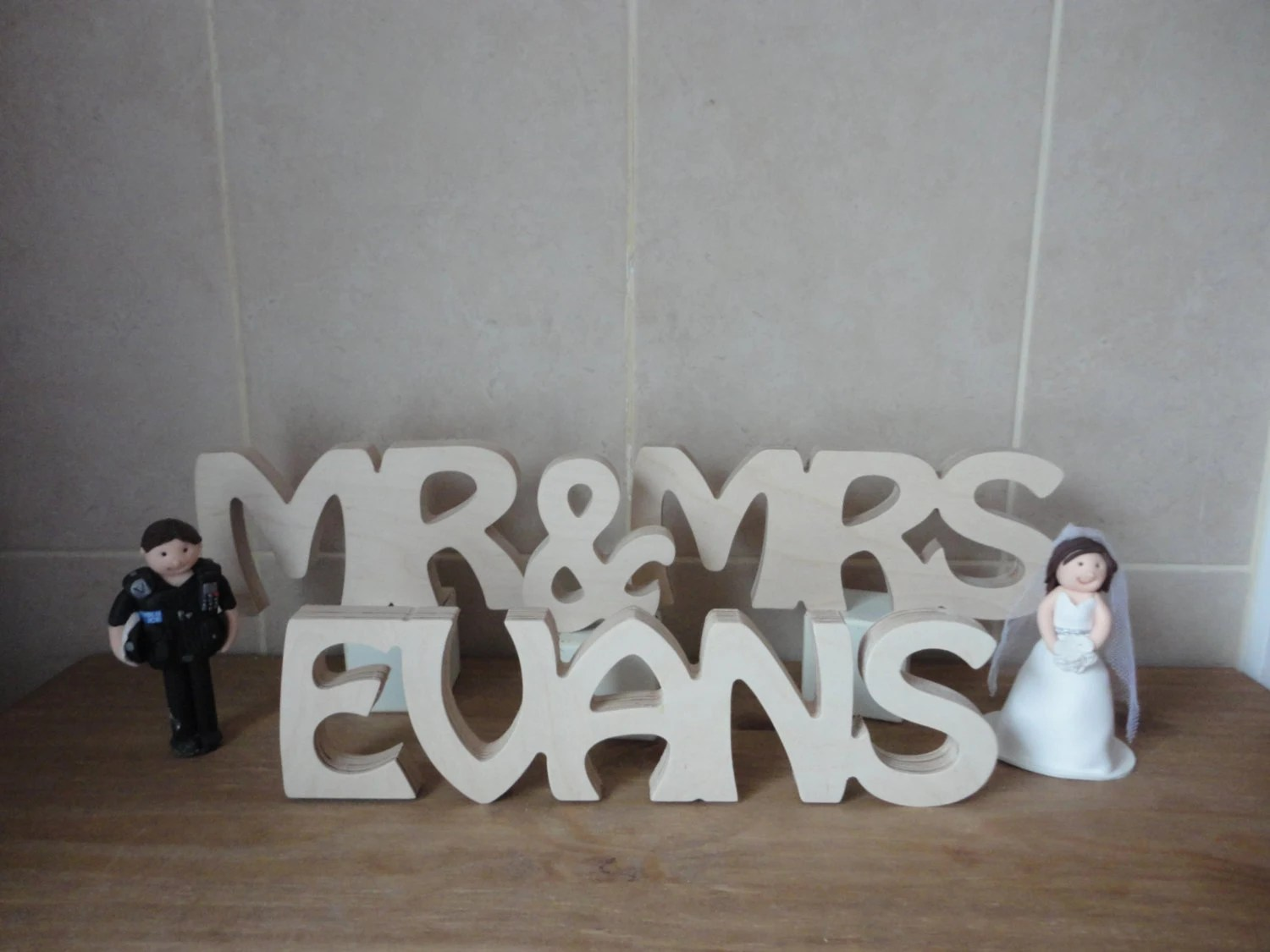 Mr And Mrs Signtop Table Decoration Wedding Gift/present Mdf
