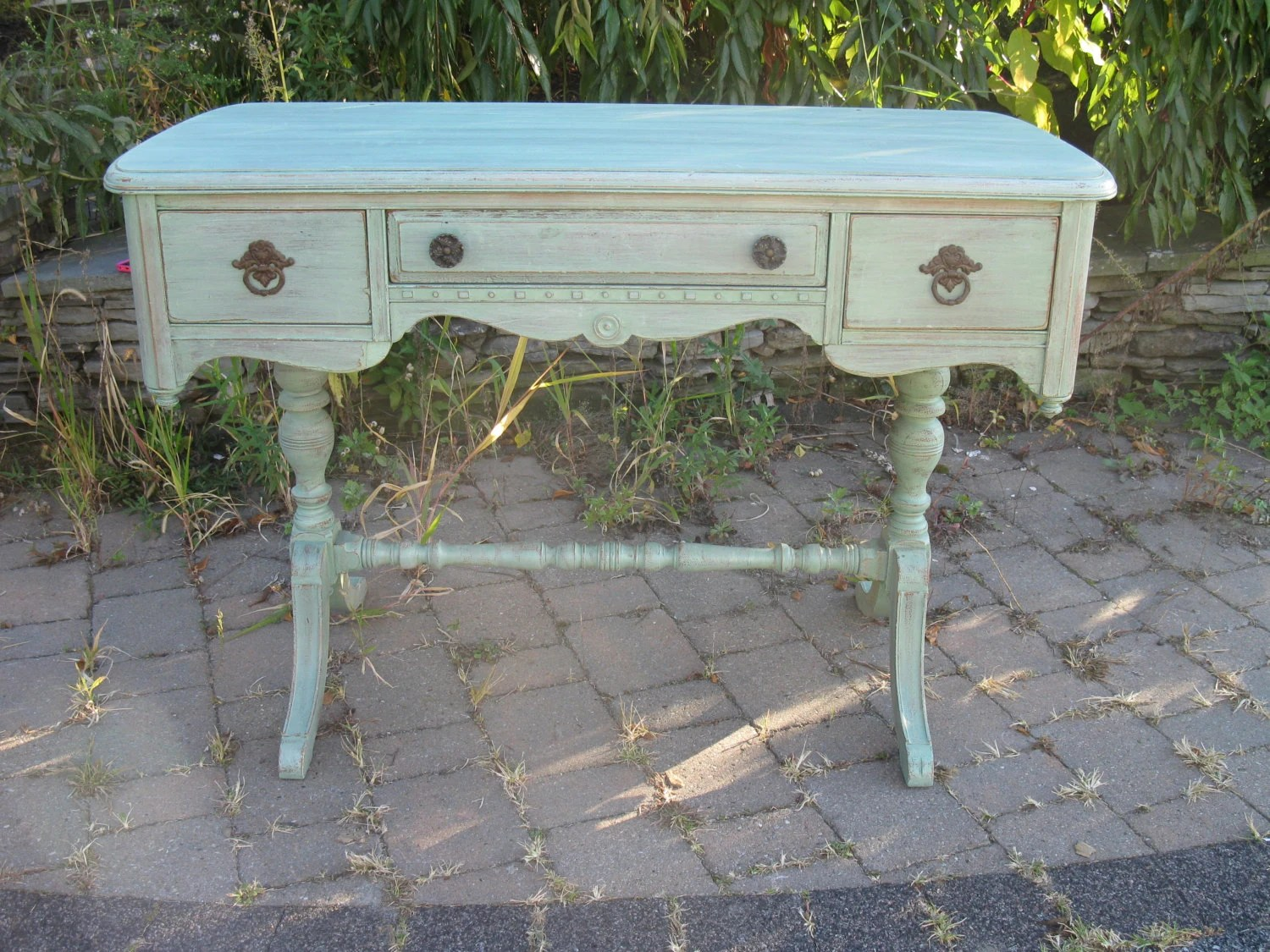 chic and shabby sea green desk vanity table haute juice. Black Bedroom Furniture Sets. Home Design Ideas