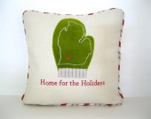 Michigan Mitten Holiday pillow cover in velvet and linen for 16-inch insert.
