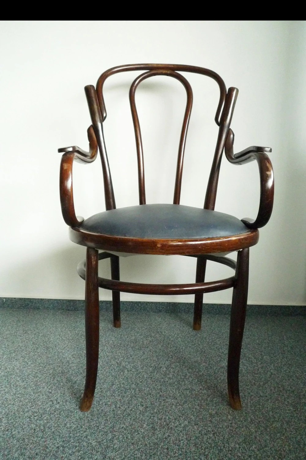 antique art nouveau bentwood thonet chair armchair easy chair early 1900 upholstered haute juice. Black Bedroom Furniture Sets. Home Design Ideas