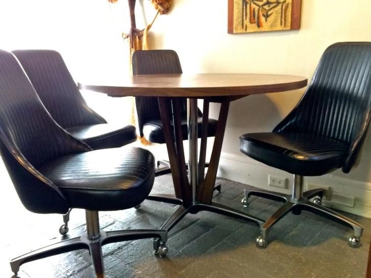 Modern Chromcraft Pedestal Dining Table Black Rolling Tulip Chairs