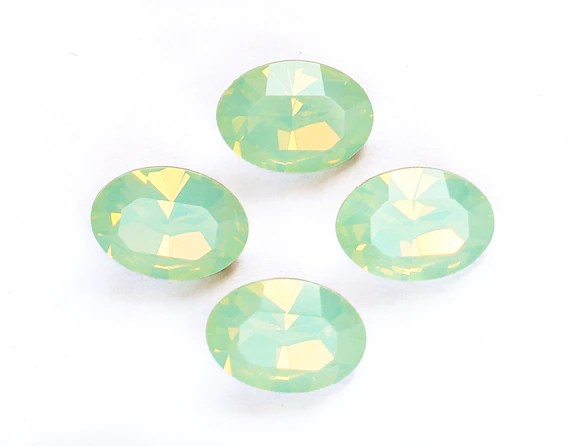 What Color Chrysolite