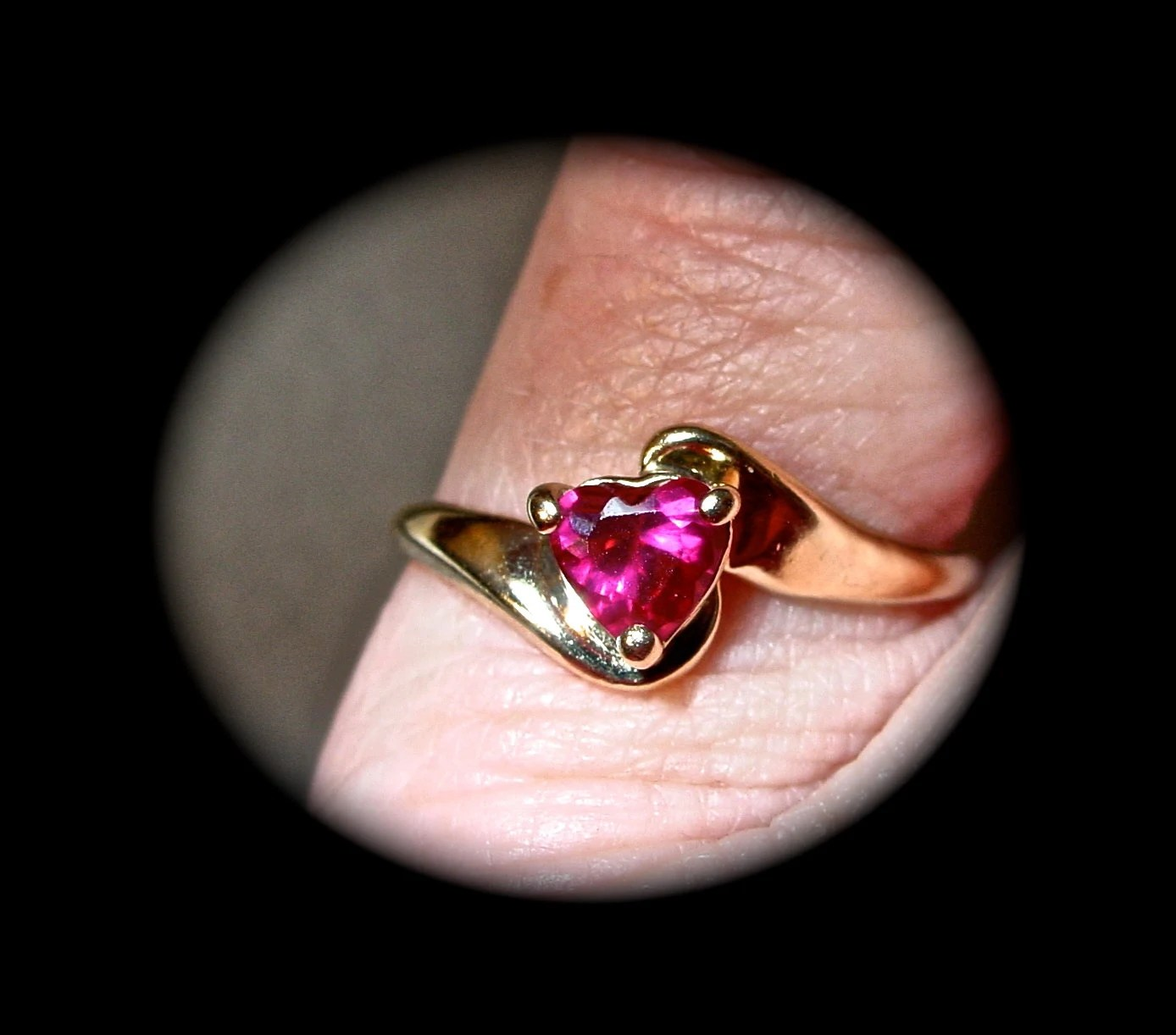 Valentines Day Red Ruby Heart RingVintage 10K Solid Gold Ring