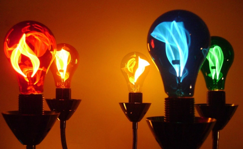Carbon Filament Light Bulb