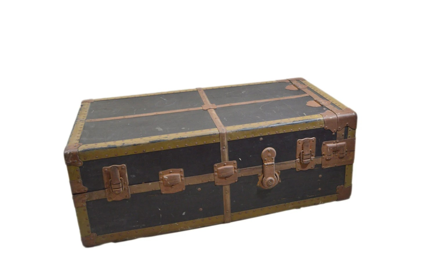 Vintage Steamer Trunk Coffee Table Trunk College Dorm Trunk Movie Prop Antique Large Steamer