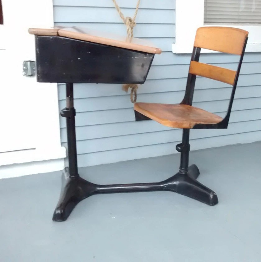 Desk and Chair Kids Furniture Back to School Metal and