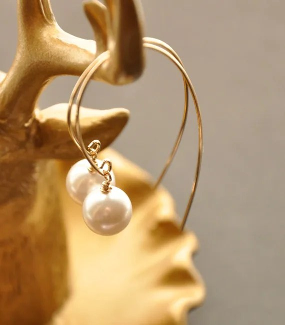 Modern Pearl Hoop Earrings, Gold Silver Pearl Drop Earrings, Gold Pearl Jewelry, Gold Bridal Earrings, Futuristic Wire Wrap Earrings