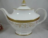 Elegant Vintage Royal Dou...