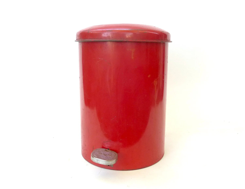 Vintage red metal sanette industrial waste basket with lid 1950s mcm modern small trash can for Bathroom wastebasket with lid