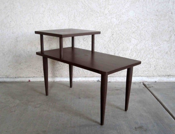 Vintage Mid Century 2 Tier Side Table In Dark Walnut Finish