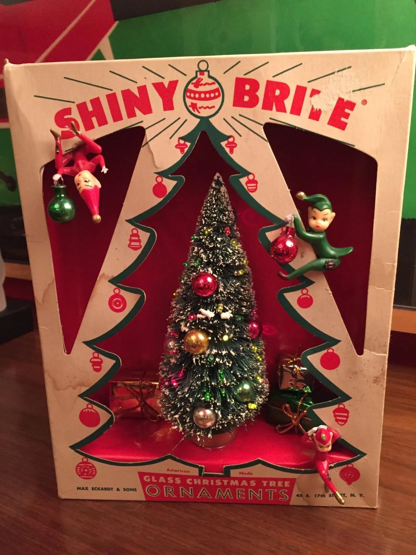 Vintage Christmas Shadow Box Diorama Shiny Brite Tree Box