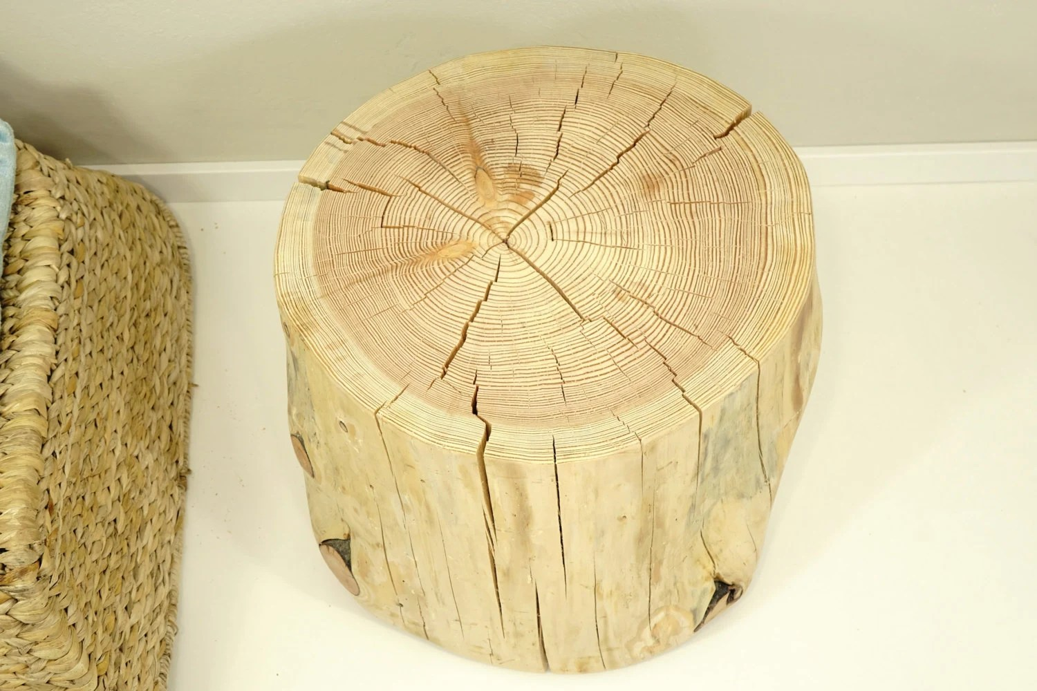 Brown Tree Trunk, Tree Stump Side Table, Baumstamm, Braun