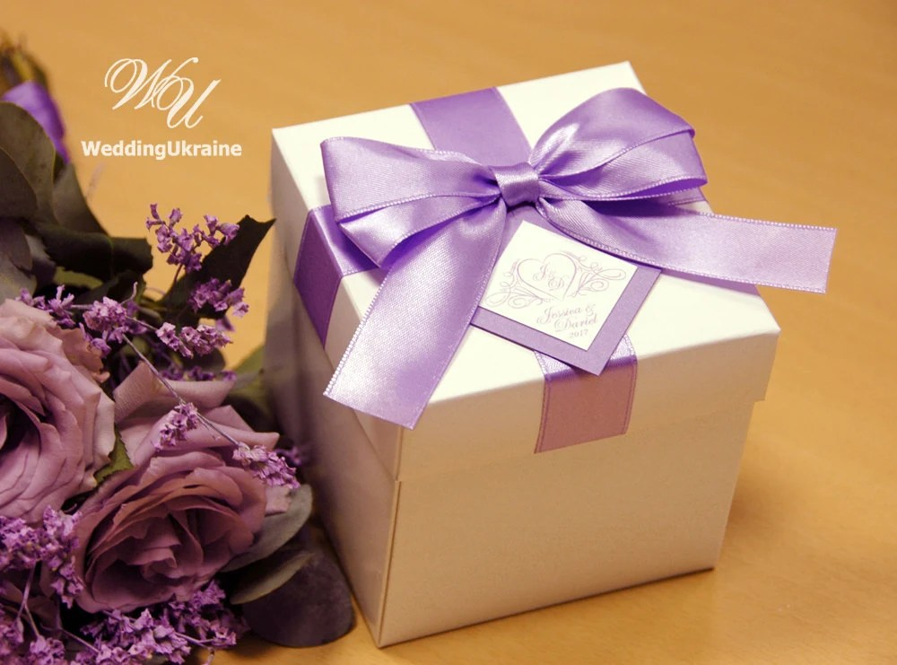 Elegant Lavender Wedding Gift Boxes With Satin Ribbon Bow And