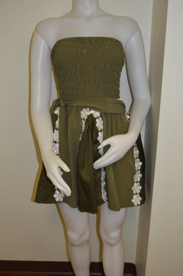 Green strapless ruched sh...