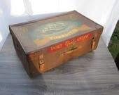 Antique steamer trunk, ha...