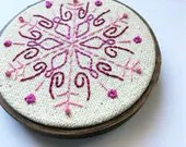 Pink Snowflake // Hand Em...