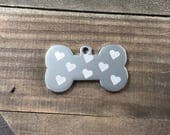 Heart pattern dog tag •...