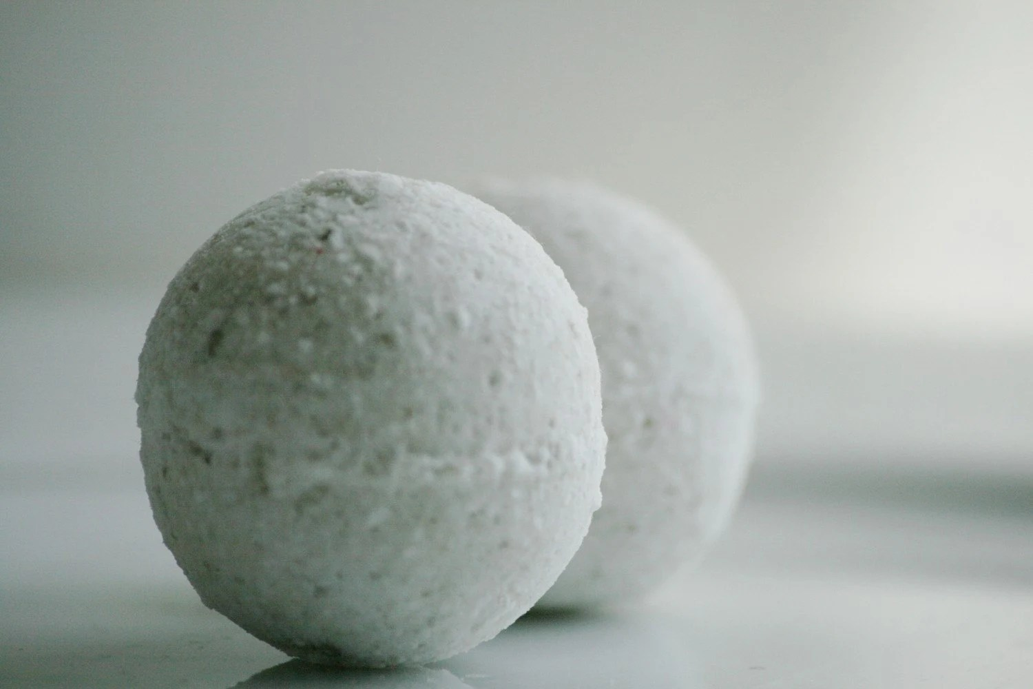 peppermint eucalyptus bath bombs