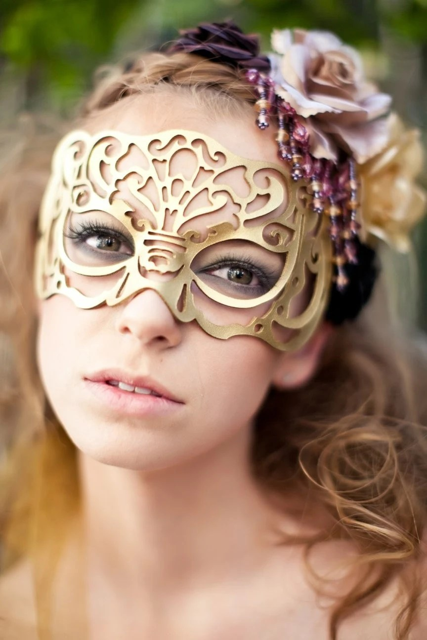 Victoriana mask in gold leather