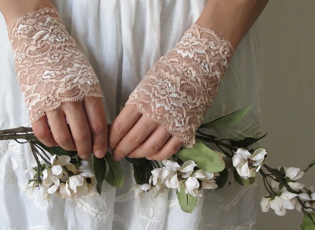 Lace Gloves, wedding accessory CREAM, bridal accessory, fairy, ivory