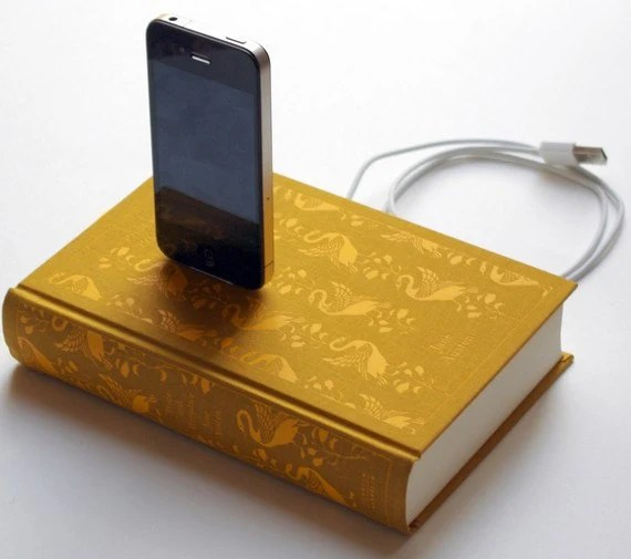 Pride & Prejudice iPhone and iPod Clothbound Book Charging Dock -- Jane Austen