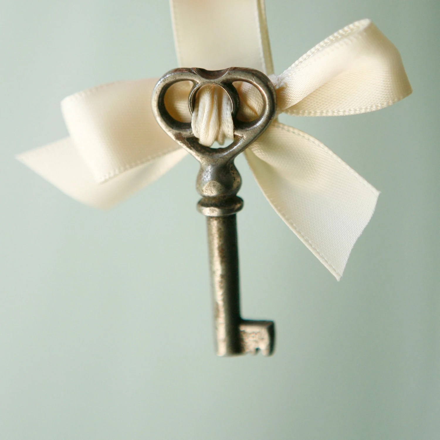 key to my heart - boutonniere