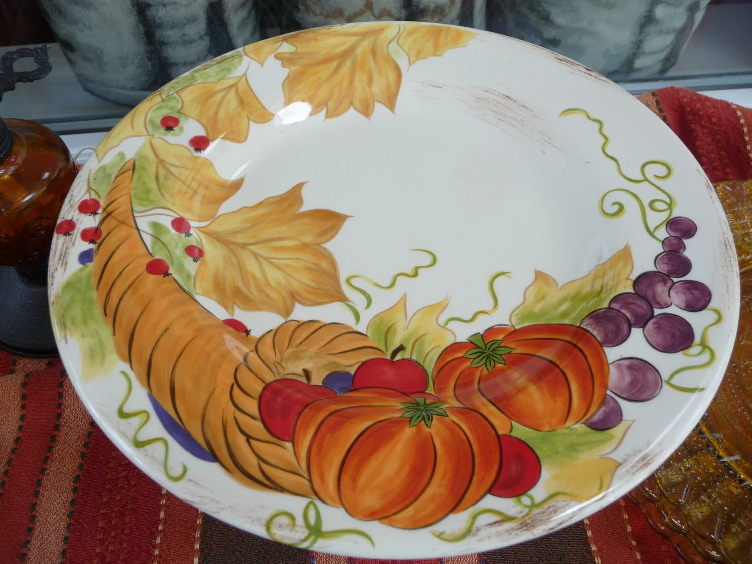 Cornucopia Thanksgiving Cake Plate for your Fall Table