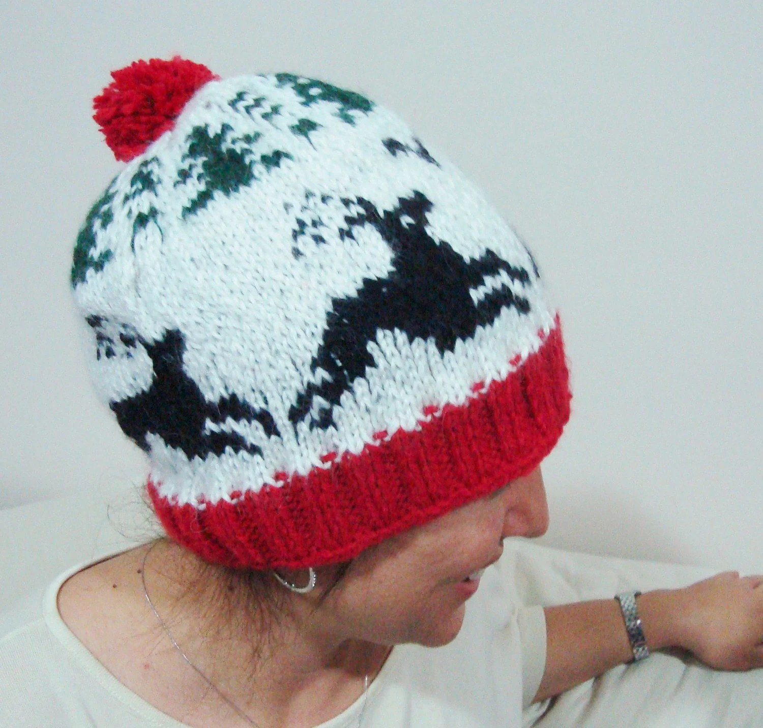 Deer Patterned Hat for Women-Men Hat-Hand Knit-Red Holiday-Winter Accessories-Christmas Gift
