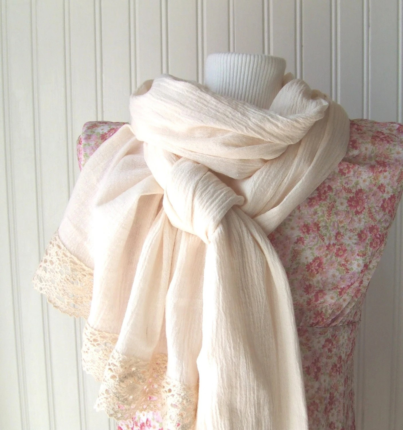 Antique Pearl Cotton Gauze Scarf with Lace.....New