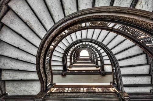 45 спиральных лестниц 25