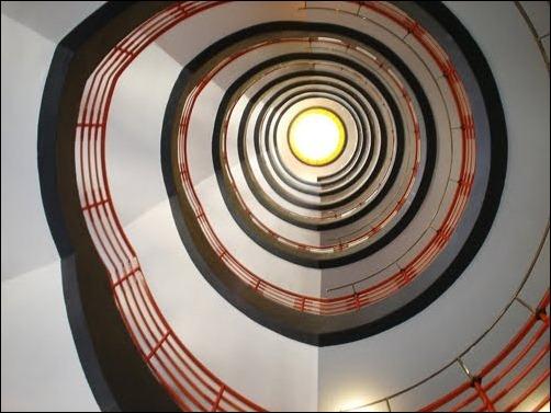 45 спиральных лестниц 35
